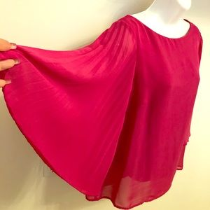 AB studio hop pink top with wing sleeves. Size: M